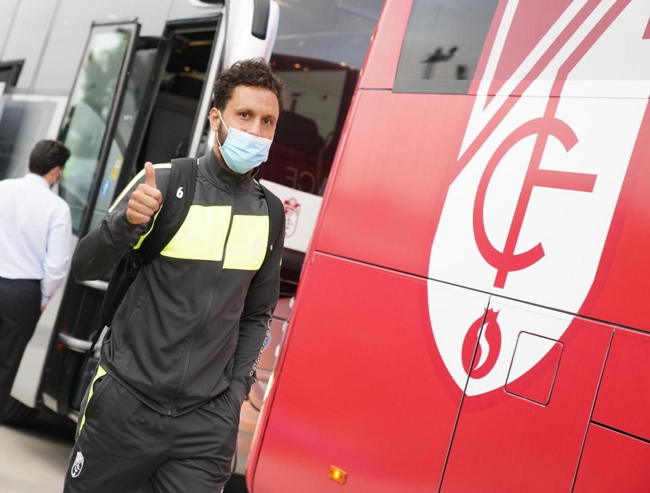 Antoñín se cae de la lista y Quini vuelve para el partido contra el Malmö