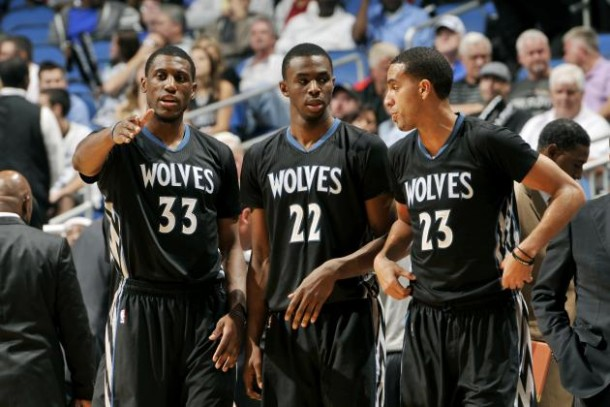 NBA: Kings e Grizzlies sconfitti in casa. Houston col brivido contro i Sixers