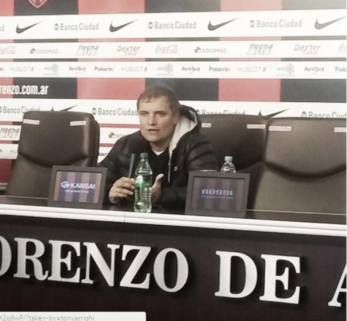 """Diego Aguirre: """"Estoy muy contento con el plantel que tengo"""""""