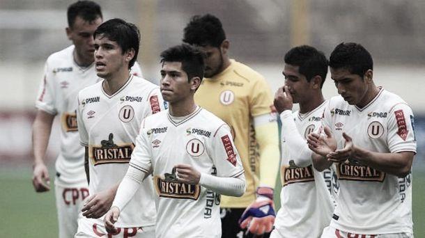 Universitario deja pasar el liderato del Clausura
