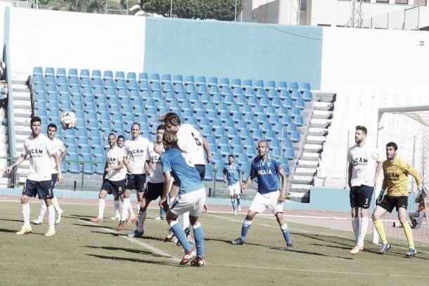 UD Melilla - UCAM Murcia: dos objetivos contrapuestos