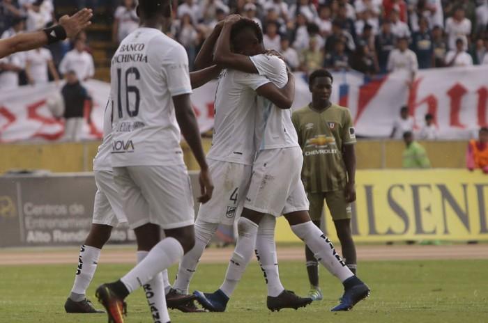 Universidad Católica sigue con su invicto tras golear aLiga de Quito