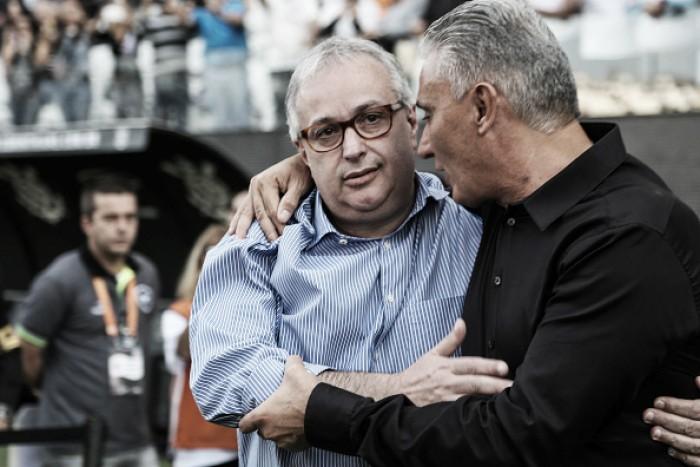 Corinthians divulga nota defendendo presidente Roberto de Andrade após nova acusação