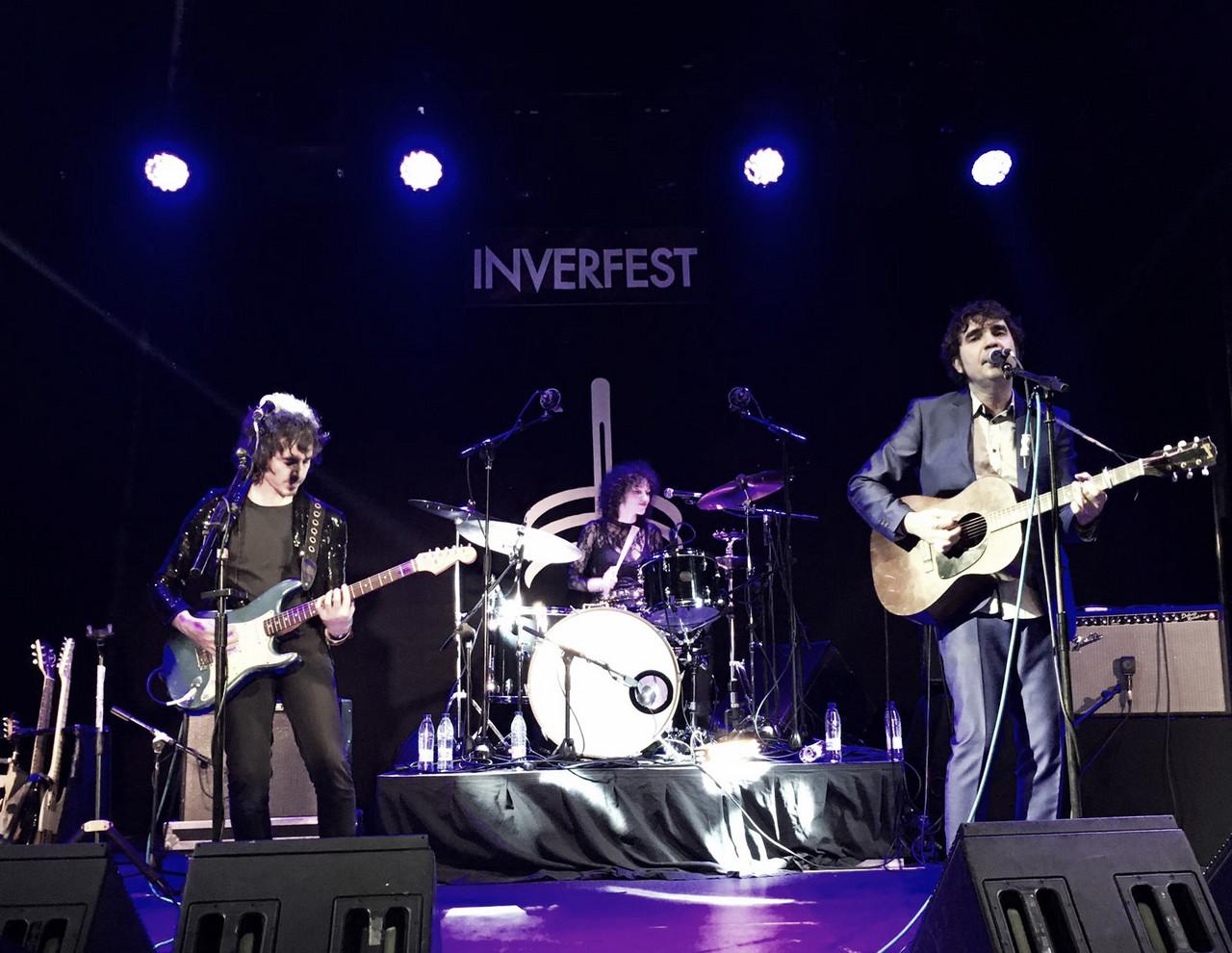 Lichis y Rubén Pozo dan la talla en el Teatro Barceló