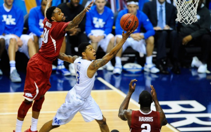 #23 Kentucky Wildcats Face Tough Road Test Against Arkansas Razorbacks
