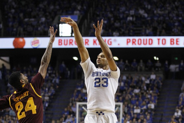 #5 Kentucky Wildcats Use Strong Second Half To Defeat Arizona State Sun Devils
