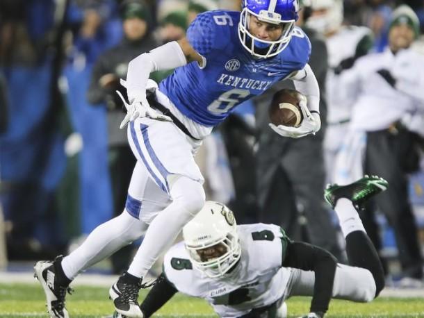 Kentucky Runs Past Charlotte To Break Losing Streak