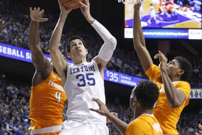 Kentucky Wildcats Extend Winning Streak, Get Revenge Against Tennessee Volunteers