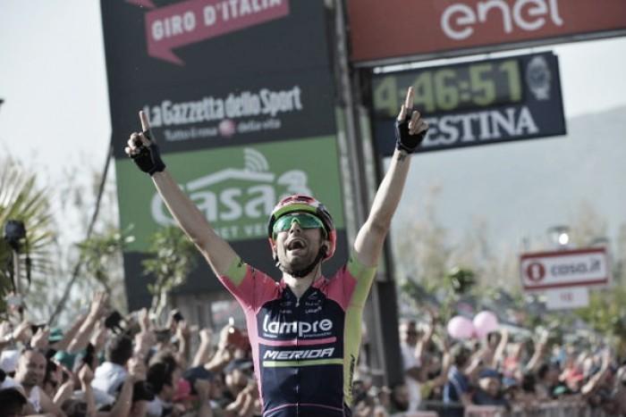 Giro d'Italia, Ulissi vince a Praia a Mare. Dumoulin torna in rosa