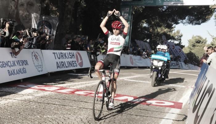 Ulissi vence en Selçuk y es líder del Tour de Turquía