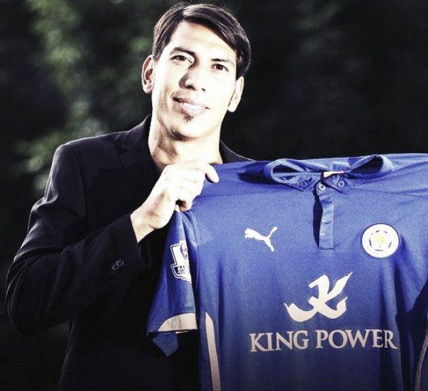 Leonardo Ulloa ficha por el Leicester City