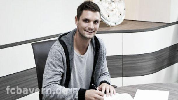 Bayern Munich sign VfB Stuttgart 'keeper Sven Ulreich