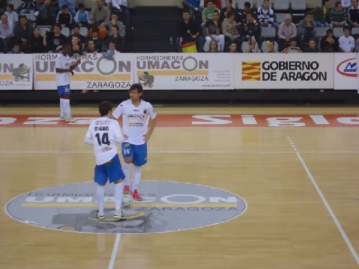 Umacon Zaragoza - Burela FS: dos equipos necesitados de victoria
