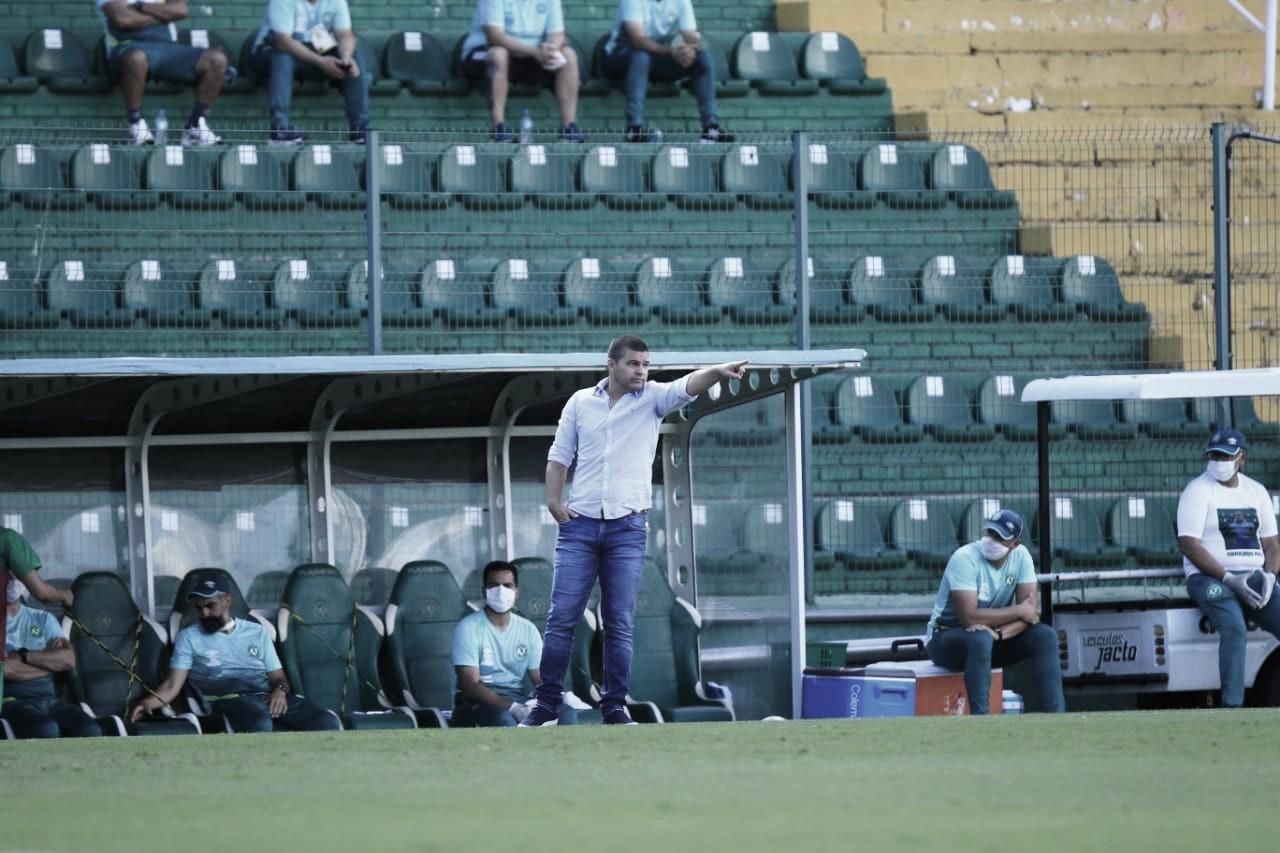"""Umberto Louzer lamenta empate da Chape contra Brasil: """"Tivemos dificuldades na criação"""""""