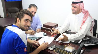 رسميا الفتح يوقع مع عمر الخضري