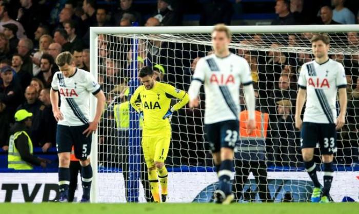 Tottenham se saborde et offre le titre de champion à Leicester City