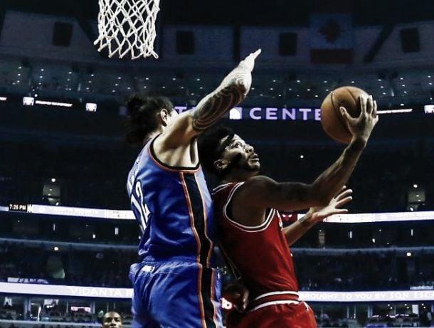 Resumen NBA: el brillo de Rose y Lillard, claves para los triunfos locales