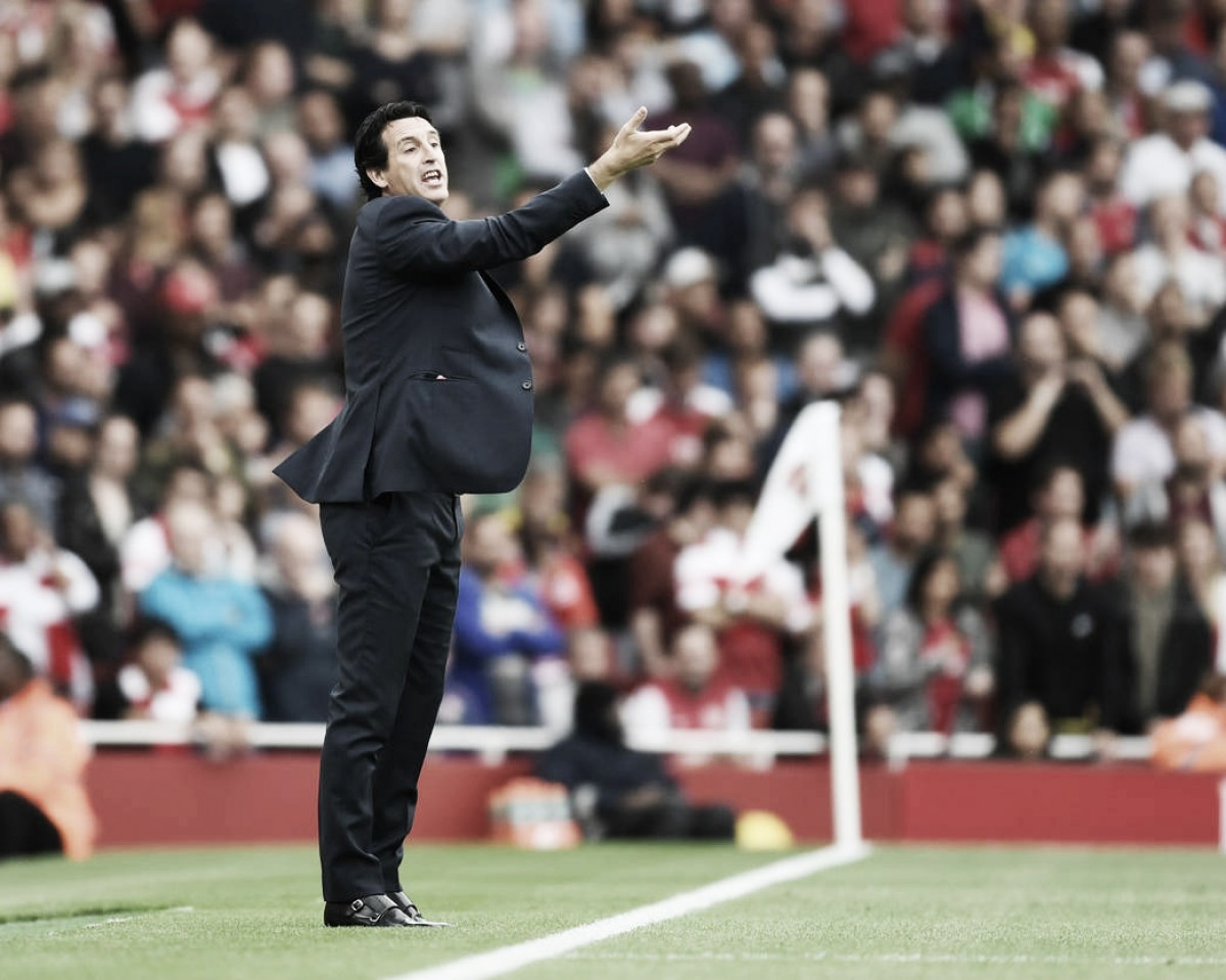 Unai Emery estreia com derrota na Premier League mas crê em evolução do Arsenal