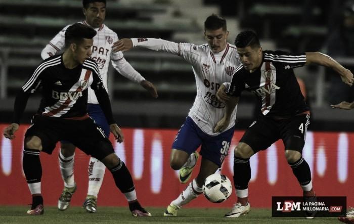 Partido River Plate 0-0 Unión de Santa Fe en Liga Argentina