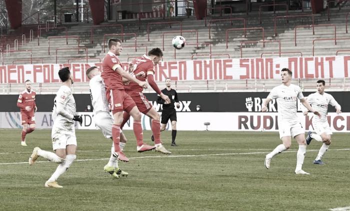 Problemas en la tabla para Union Berlin y Borussia Mönchengladbach