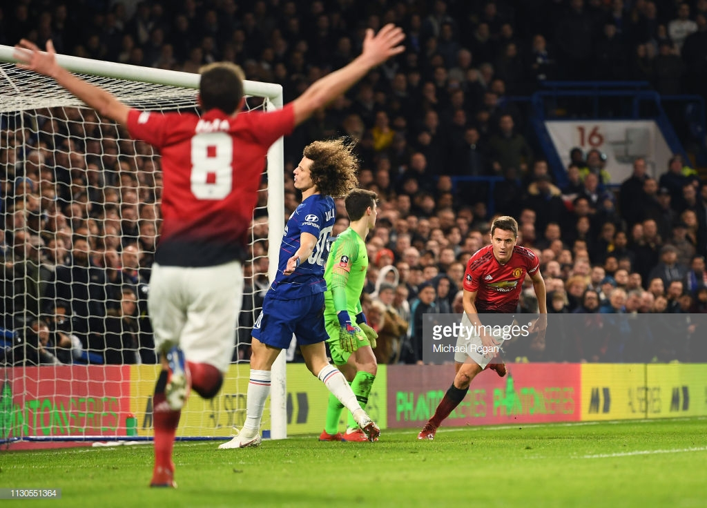 As it happened: United march into quarter-finals with comfortable victory at Stamford Bridge