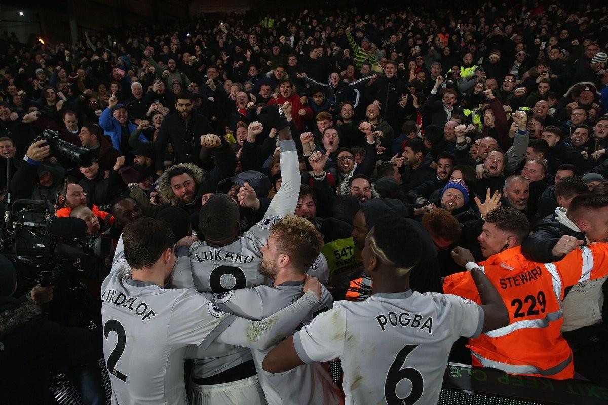 Premier League - Mourinho e la rimonta da secondo posto: ora testa al Liverpool