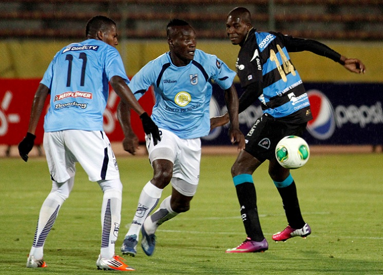 Universidad Católica y Deportivo Quito empatan 2-2