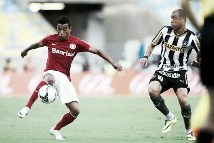 Internacional enfrenta Botafogo buscando voltar à liderança do Campeonato Brasileiro