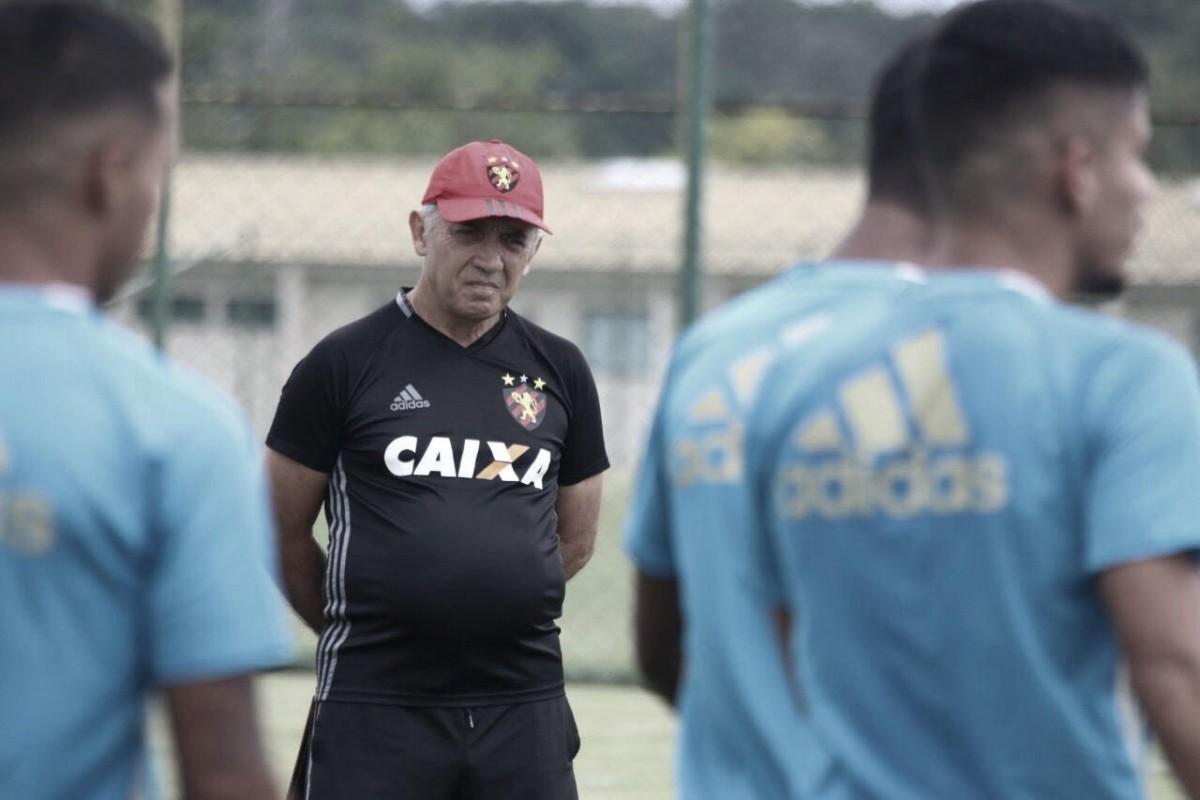 Nelsinho promove cinco mudanças no elenco titular do Sport para amistoso contra Belo Jardim