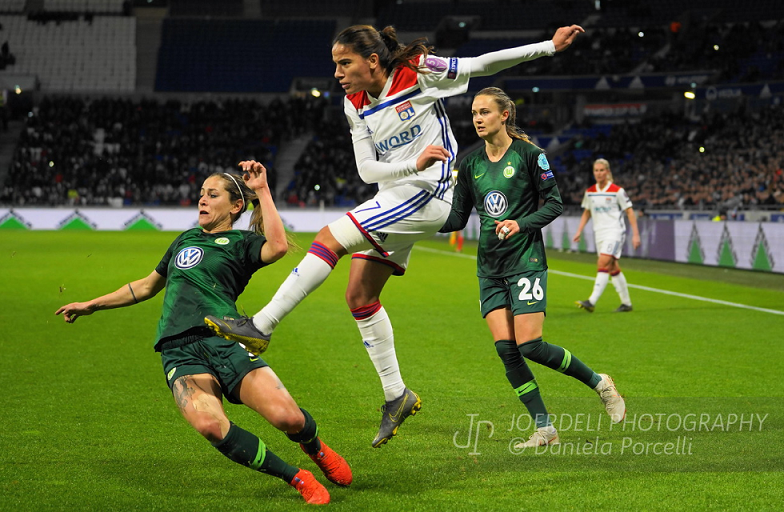 UEFA Women's Champions League: Quarter-final first leg review