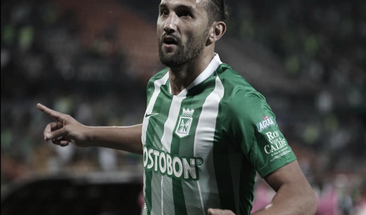 Hernán Barcos asistió, defiendió, anotó y lideró a Nacional ante Patriotas