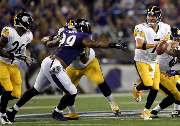 Ravens Physically Dominate Steelers In Playoff Matchup, 30-17