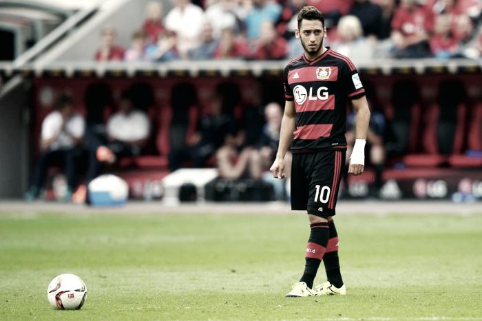 Bayer Leverkusen, stagione finita per Calhanoglu