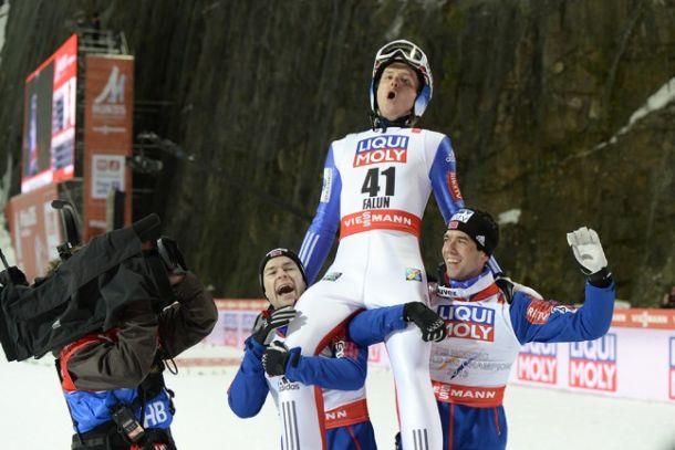 Salto con gli Sci, a Falun trionfa uno straordinario Velta!