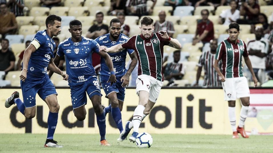 Na luta direta contra a degola, Cruzeiro encara Fluminense no Mineirão