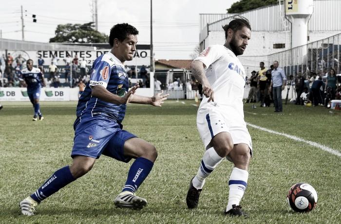 Com gols no segundo tempo, URT e Cruzeiro ficam no empate pelo Campeonato Mineiro