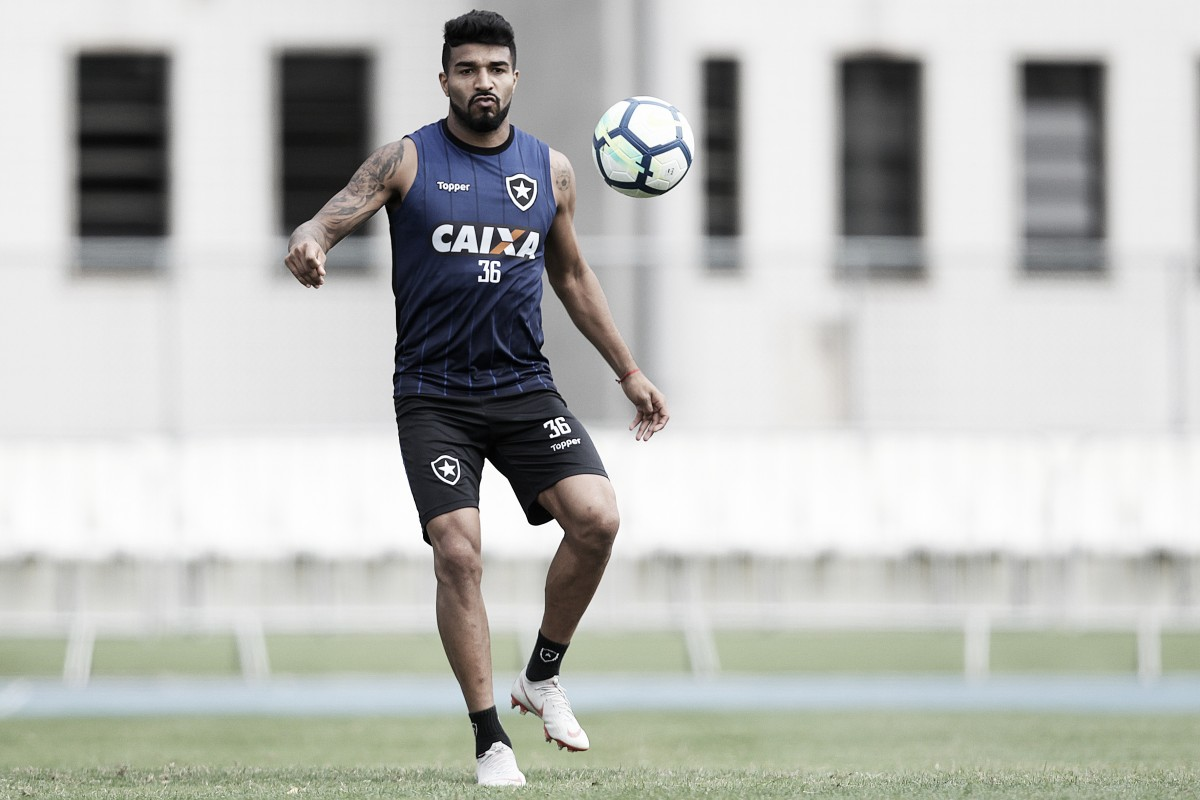 Atacantes do Botafogo estão longe da média de artilharia nos anos 2000, que é de 19 gols