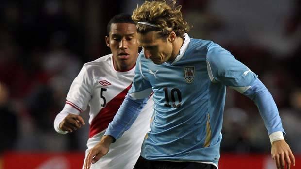 Uruguay recibe a Perú por la sexta fecha de eliminatorias Brasil 2014