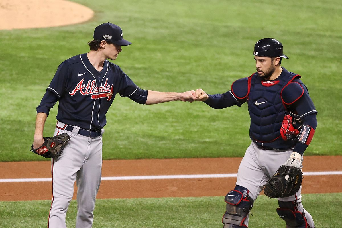 Fried (l.) and d'Arnaud (r.) celebrate Atlanta's Game 1 victory/Photo: Kevin Jairaj/USA Today Sports