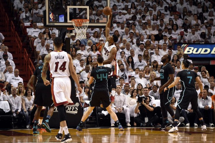 NBA Playoff, gara 7 fatale per Charlotte, Miami domina e vola al secondo turno