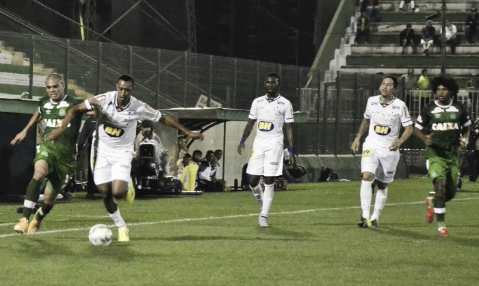 Sob novo comando e invicta em casa, Chapecoense recebe Cruzeiro em ascensão