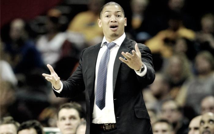 "NBA Playoffs: Tyronn Lue: ""E' dura allenare a Cleveland"""