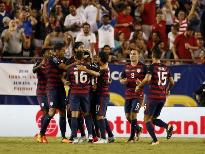 Matt Miazga's late goal lifts the US to a 3-0 win, win group B