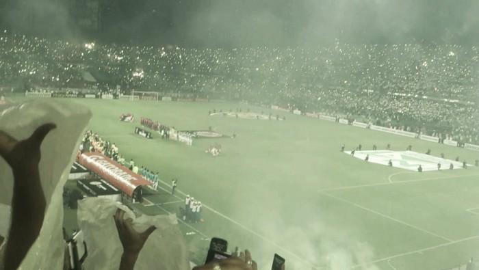 Atlético Nacional fue sancionado por el uso de pólvora en la final de la Libertadores