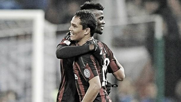 Carlos Bacca marcó en la victoria del Milan en Copa Italia