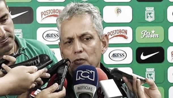 """Reinaldo Rueda: """"Hoy hay que darle un aplauso a la afición"""""""