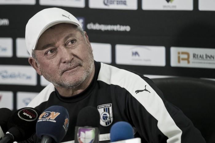Vucetich negó la llegada de Kaká o Tévez