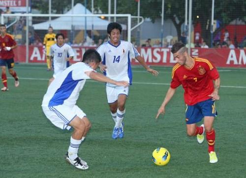 Nono, Vadillo y Carlos García participan en la victoria de la Sub-20