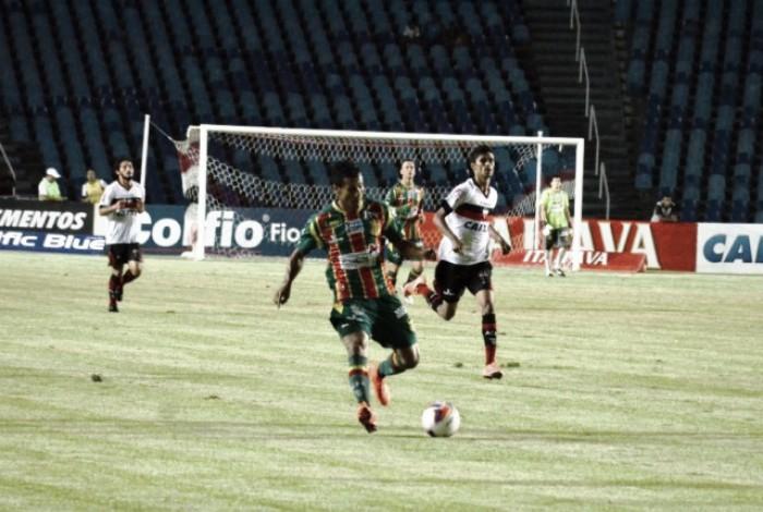 Atlético-GO busca consolidação no G-4 em duelo contra lanterna Sampaio Corrêa