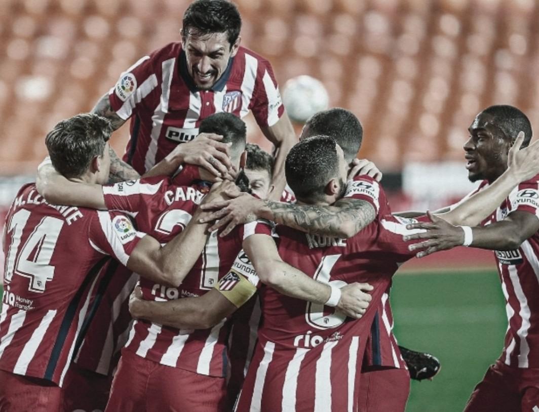 Los jugadores rojiblancos celebran el único tanto del partido // FOTO: Twitter del Atlético de Madrid